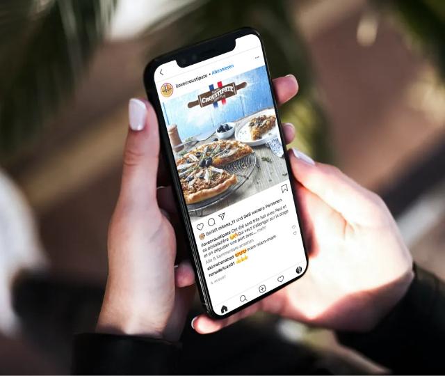 croustipate-instagram-smartphone